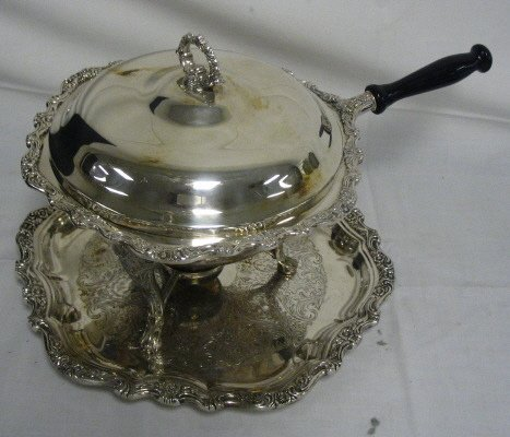 1018: SILVER PLATED CHAFING DISH & TRAY; INTERNATIONAL