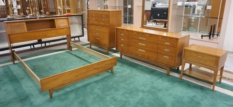 Kent Coffey Mcm Four Piece Bedroom Set Focus Apr 03 2020 Dennis Auction Service Inc In Nj