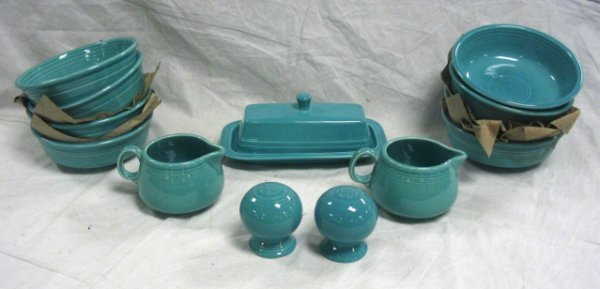 1016: FIESTA LOT; TURQUOISE; 8 CEREAL BOWLS, COVERED BU
