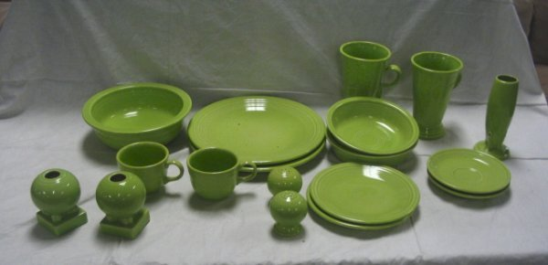 1138: FIESTA LOT; LIME GREEN; SERVING BOWL, 2 LG ROUND