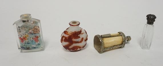 4 SNUFF AND PERFUME BOTTLES