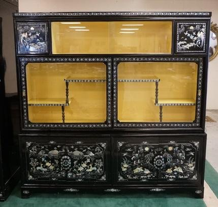 MOP INLAID ASIAN BLACK LACQUER CABINET WITH GLASS AND