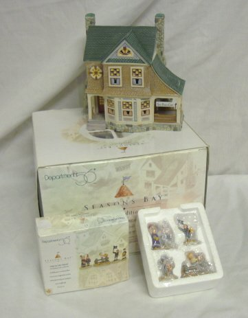 3005: DEPT 56; SEASONS BAY *SIDE PORCH CAFÉ* & TRICK OR