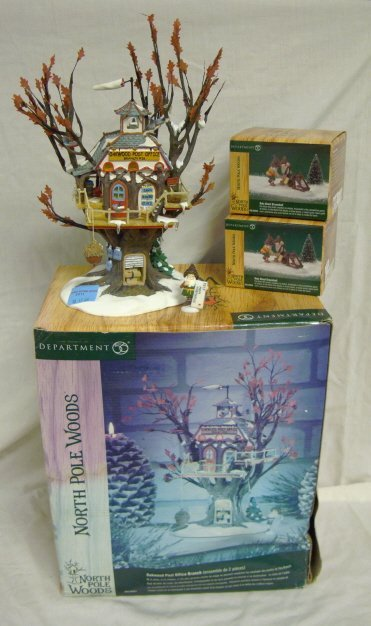 3011: DEPT 56; NORTH POLE WOODS *OAKWOOD POST OFFICE* W