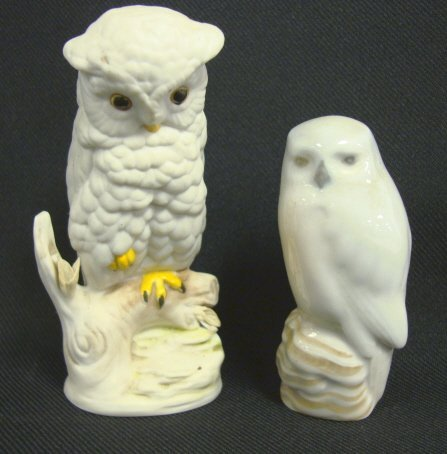 2022: 2 SMALL PORCELAIN OWLS, ROYAL COPENHAGEN & CYBIS;