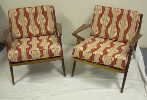 2201: PR OF DANISH MODERN ARM CHAIRS IMPORTED BY SELIG;