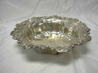 2024: GORHAM STERLING BOWL; 14.7 OZ; APPROX 11 1/4 IN D