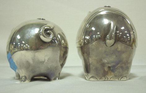 4125: 2 TIFFANY & CO STERLING SILVER PIGGY BANKS; 15.24 - 3