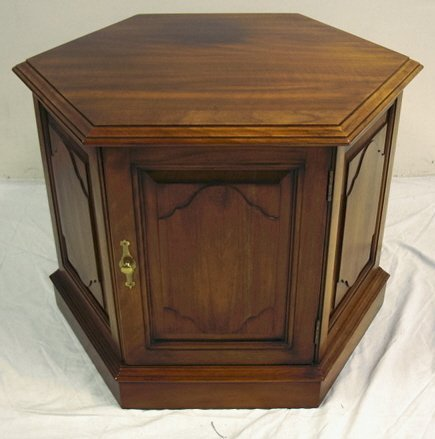 1100 OLD TOWNE CHERRY HEXAGONAL END TABLE WSTORAGE 2