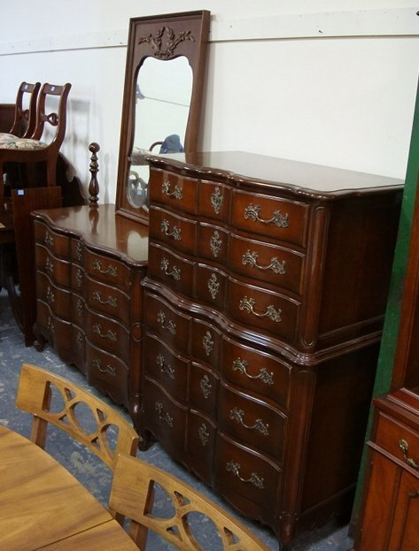 1140: 3 PC FRENCH PROVINCIAL BEDROOM; HIGH CHEST, LOW C