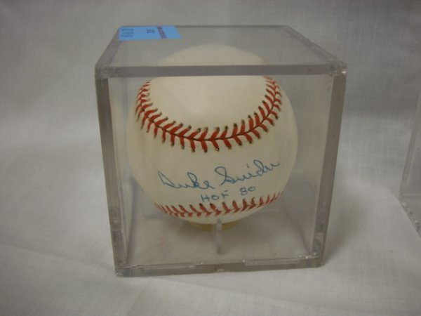 3022: SIGNED BASEBALL; *DUKE SNIDER, HOF 80*