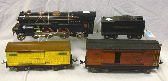 178: LIONEL LOCOMOTIVE #392E AND TENDER #835 TOGETHER W