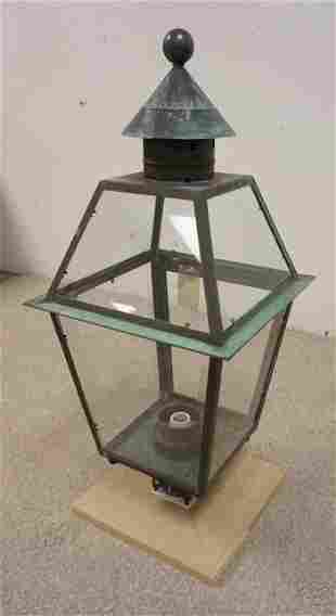 VIRGINIA METALCRAFTERS LAMP