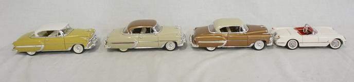 LOT OF 4 DIE CAST MODEL OF VINTAGE CHEVROLET CARS