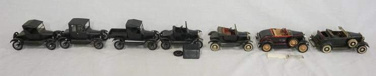 LOT OF 7 BUILT MODEL KITS OF ANTIQUE CARS