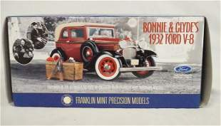 BONNIE & CLYDES 1932 FORD V-8 DIE CAST MODEL