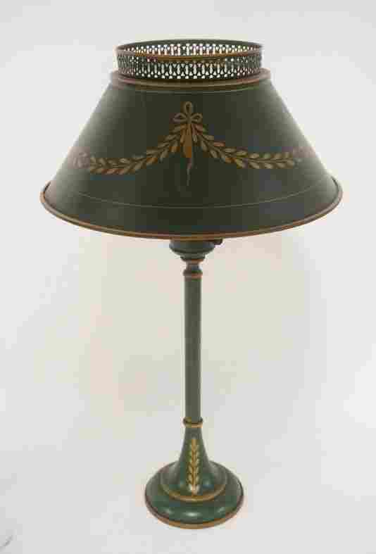 TIN TOLE DECORATED TABLE LAMP