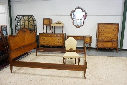 OUTSTANDING FRENCH PROVINCIAL 8 PIECE BEDROOM SET
