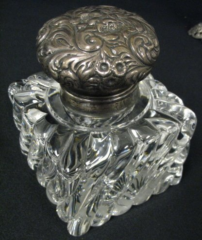 24: SWIRL GLASS LARGE INKWELL W/STERLING SILVER TOP & O
