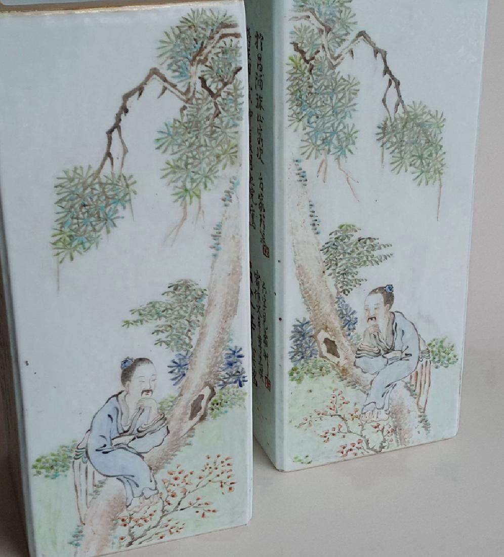 Pair Chinese Qiangjiangcai Color Porcelain Vases - 7