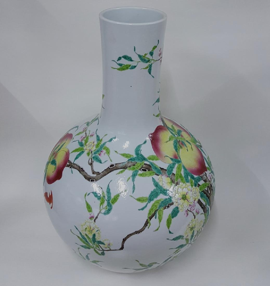 Large Chinese Famille Rose Porcelain Vase - 4