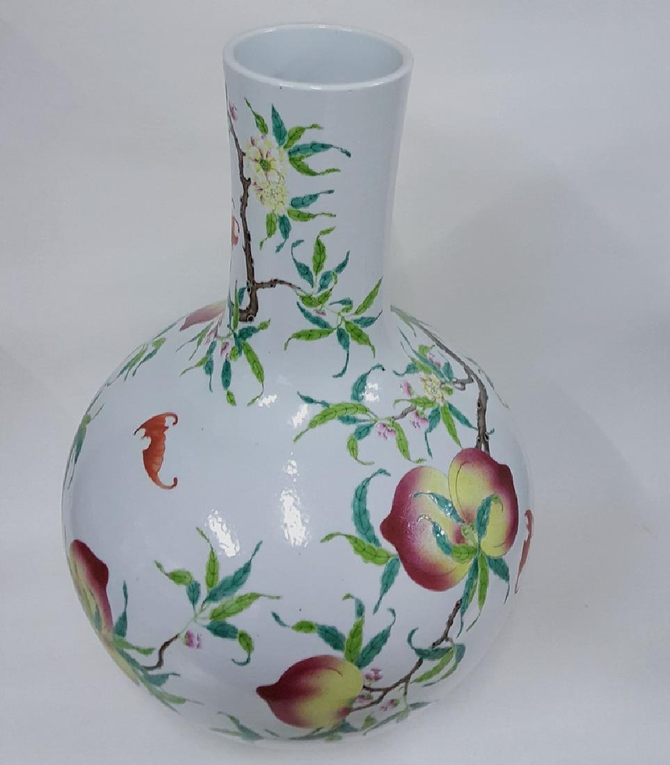 Large Chinese Famille Rose Porcelain Vase - 7