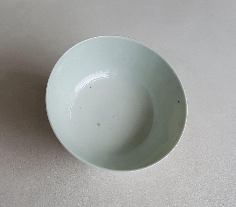 Antique Chinese Famille Rose Porcelain Bowl - 10