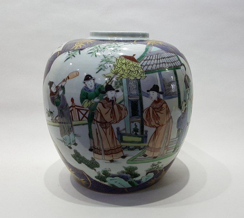 Large Antique Chinese Five Colors Porcelain Jar