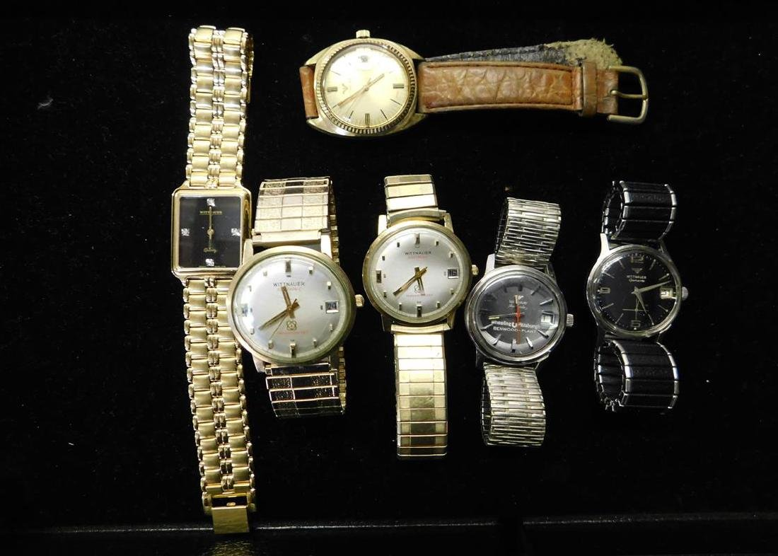 GROUPING OF WITTNAUER WRISTWATCHES