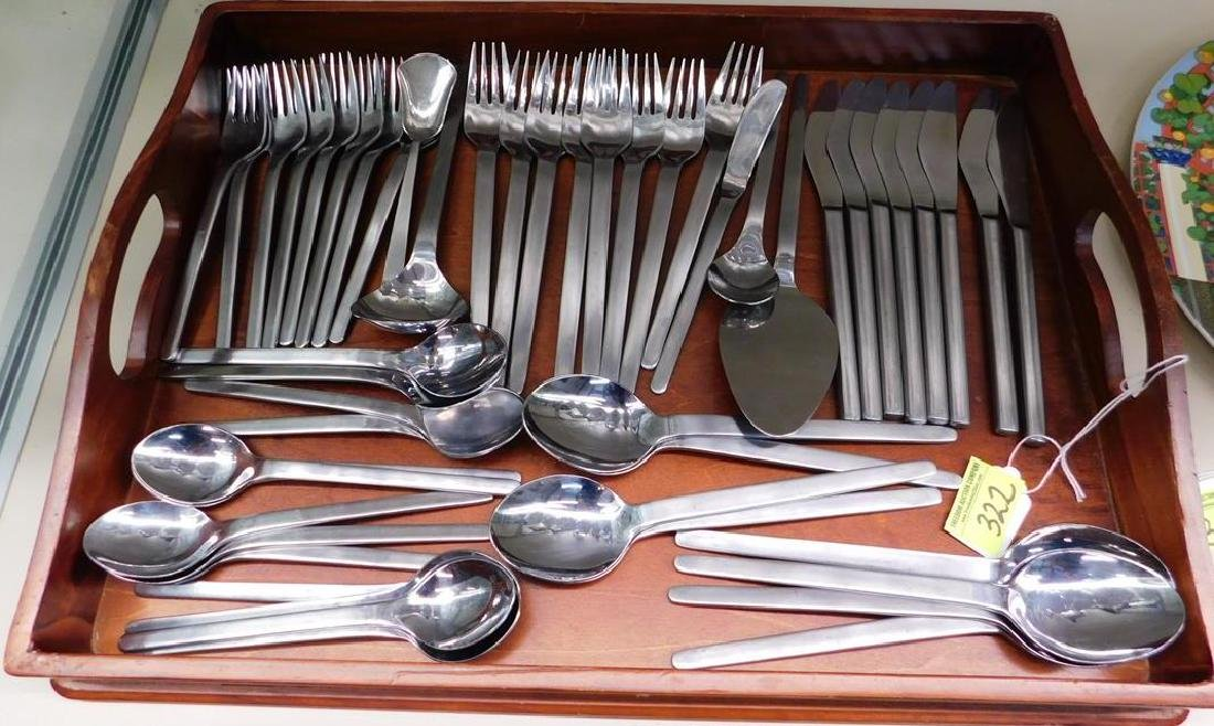 50 PC. LA MODE FLATWARE