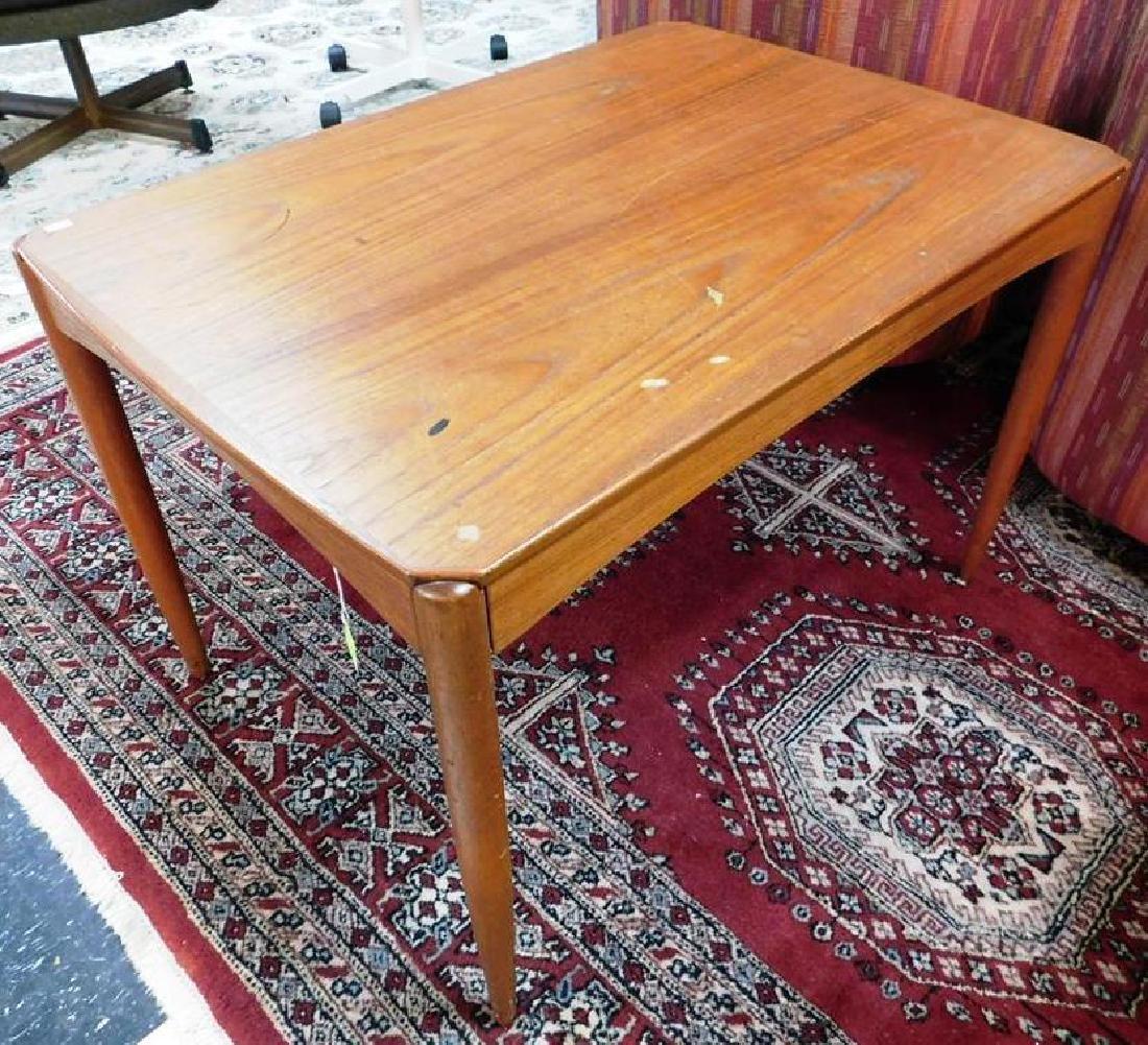 DUX (SWEDEN) TEAK SIDE TABLE