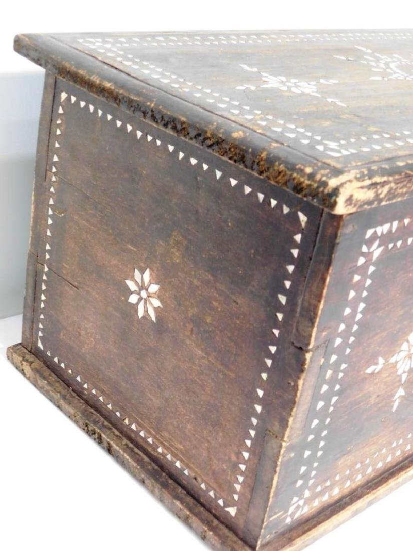 MOTHER OF PEARL DOVETAILED TRUNK - 3