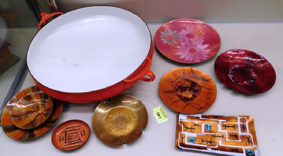 GROUPING OF ENAMEL WARES