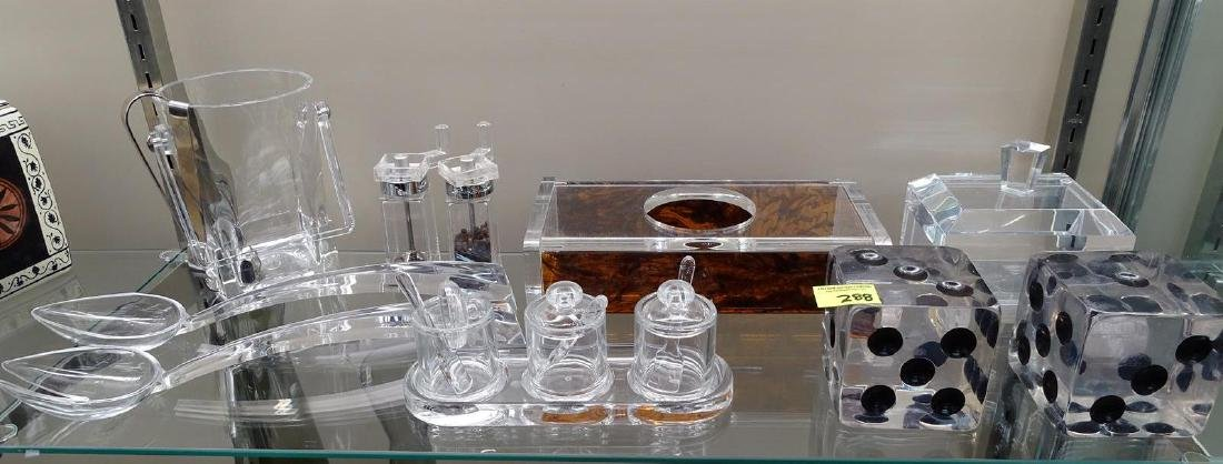 GROUPING OF LUCITE ITEMS