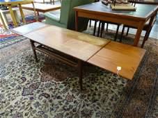 TRIOH DANISH TEAK EXPANDING TABLE