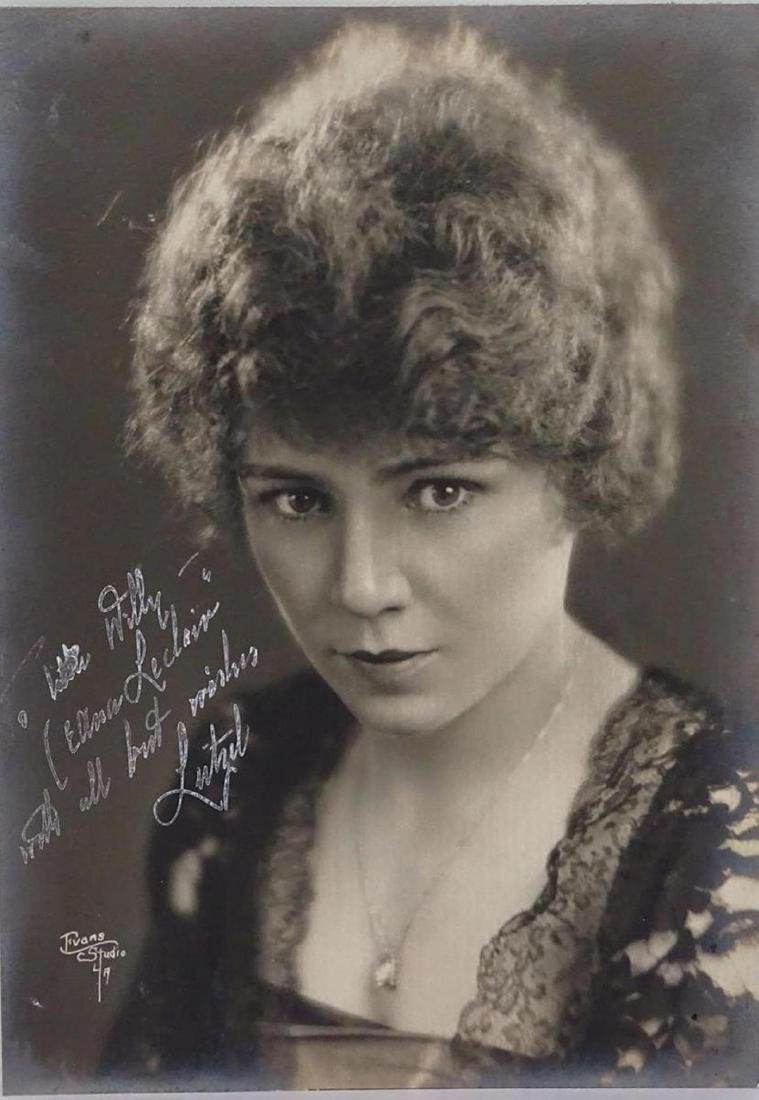 LILLIAN LEITZEL SIGNED PHOTOGRAPH