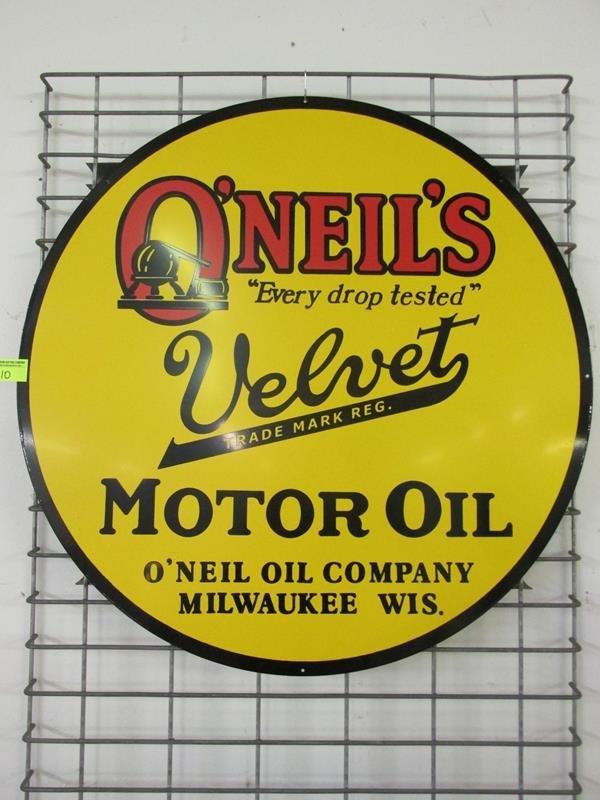 """O'NEILS MOTOR OIL TIN SIGN, 25.5"""""""