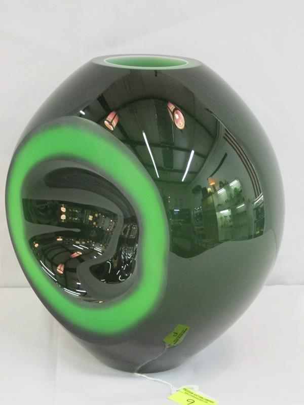 """AUREOLA"" CASED GLASS VASE BY SIMON MOORE FOR SALVIATI - 2"