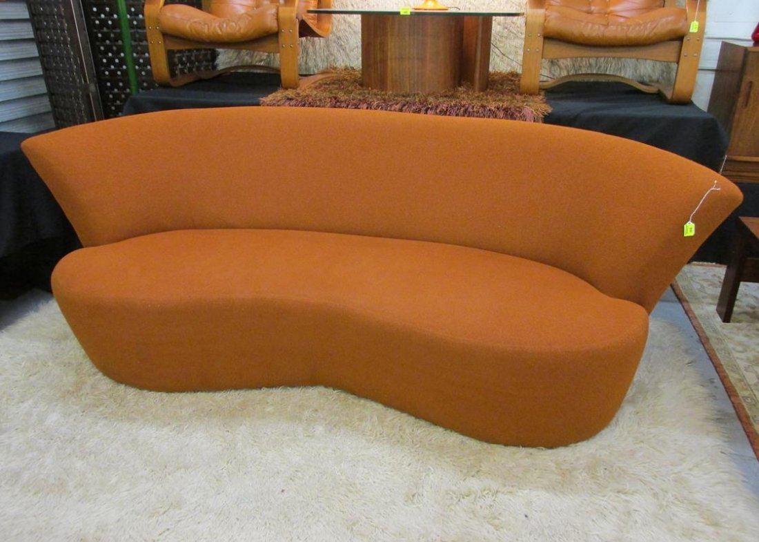 KAGAN FOR WEIMAN/PREVIEW SERPENTINE SOFA