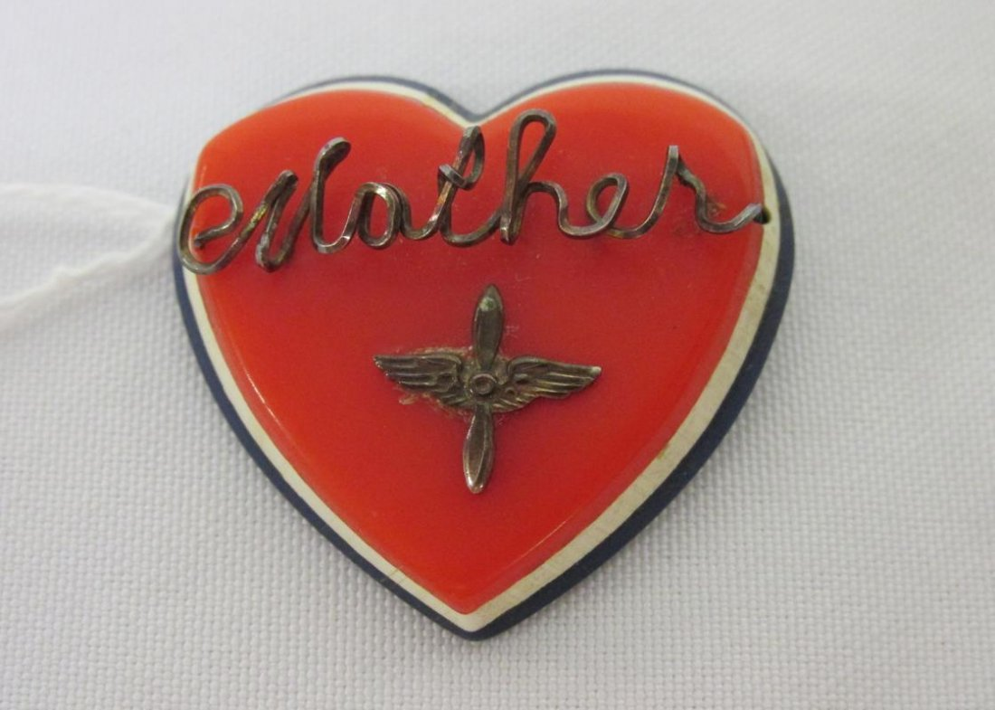WWII MOTHER ARMY AIR FORCE PIN
