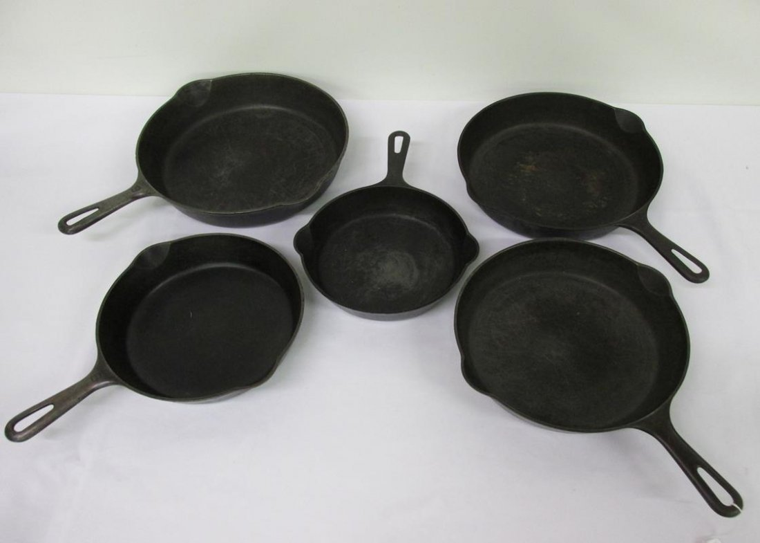 SET OF 5 GRADUATED GRISWOLD CAST IRON PANS
