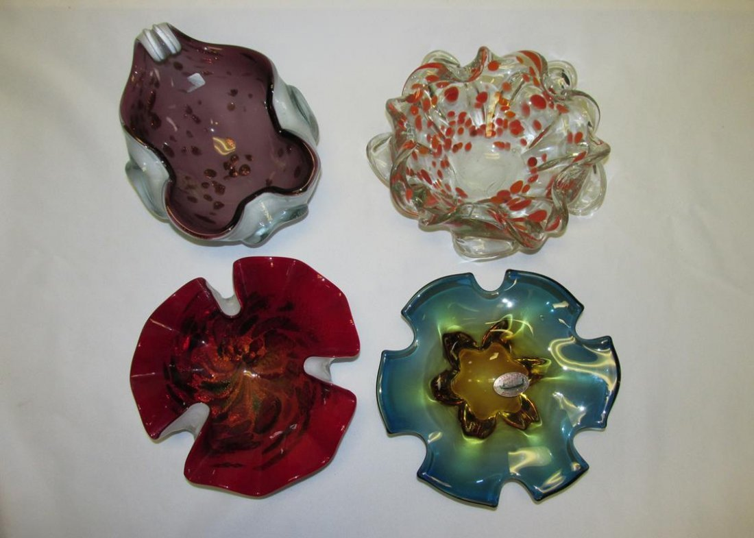 4 VINTAGE MURANO ART GLASS BOWLS