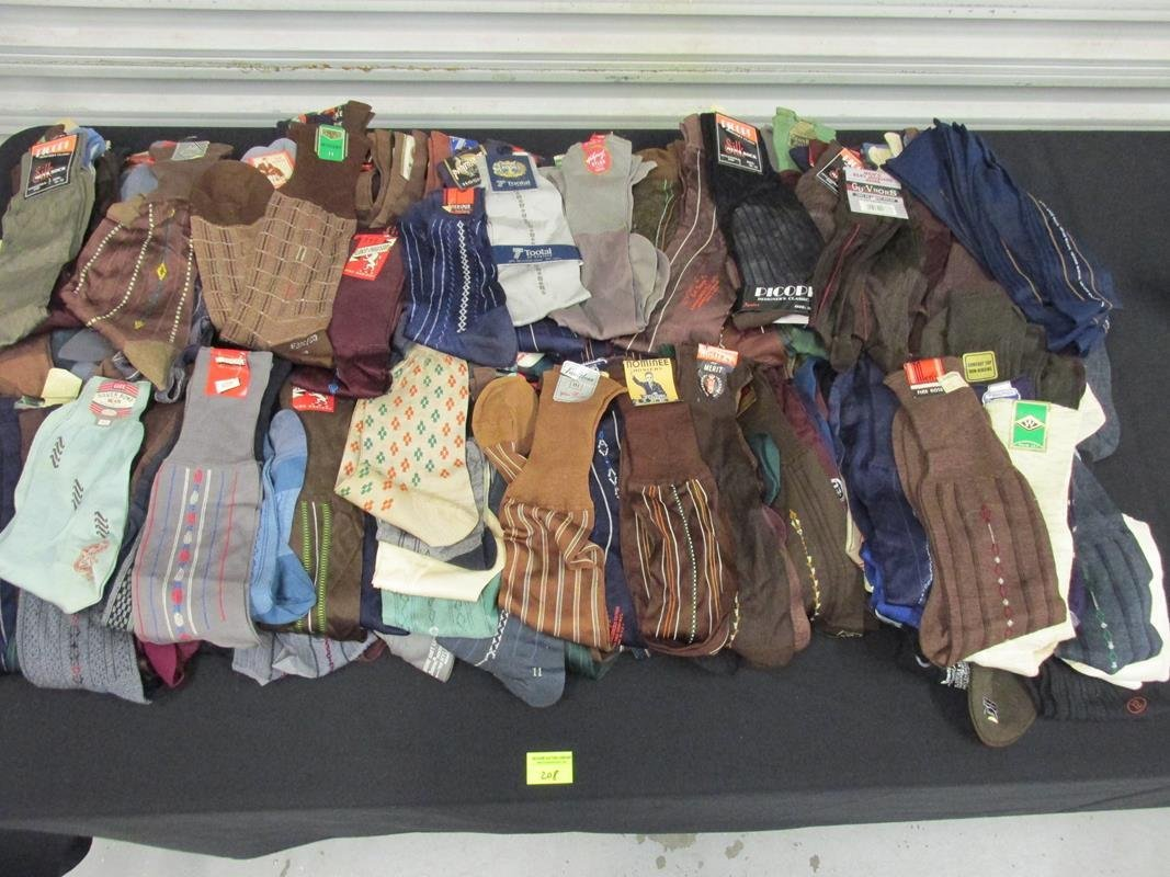 COLLECTION OF NOS MEN'S STRETCH SOCKS