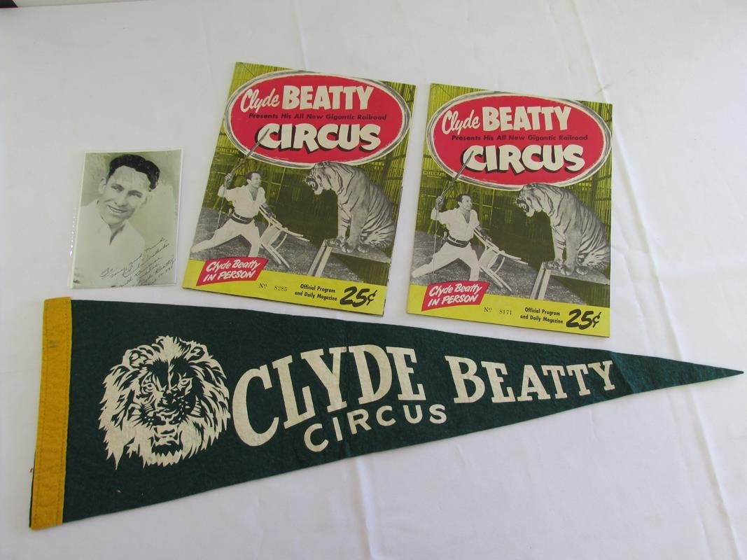 CLYDE BEATTY CIRCUS, 1953 PROGRAMS AND PENNANT