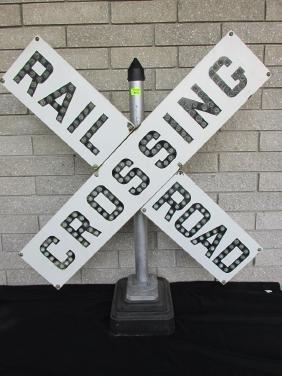 RAILROAD CROSSING - CAT'S EYE BUTTON REFLECTORS