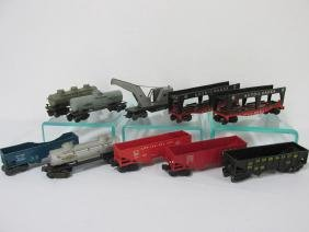 GROUPING OF LIONEL TRAIN CARS