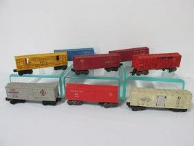 GROUPING OF LIONEL BOX AND STOCK CARS