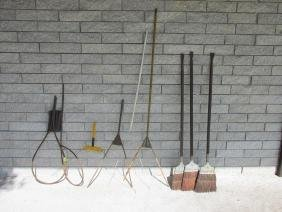 GROUPING OF RAILROAD WORKER HAND TOOLS