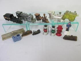 LOT OF RAILROAD NOVELTY ITEMS