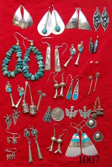 1007: TWENTY-FIVE PAIRS OF NAVAJO EARRINGS